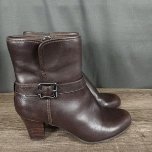 Clark's 7M dark brown waterproof boots